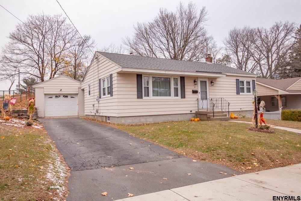 46 Eileen St, Albany, NY 12203