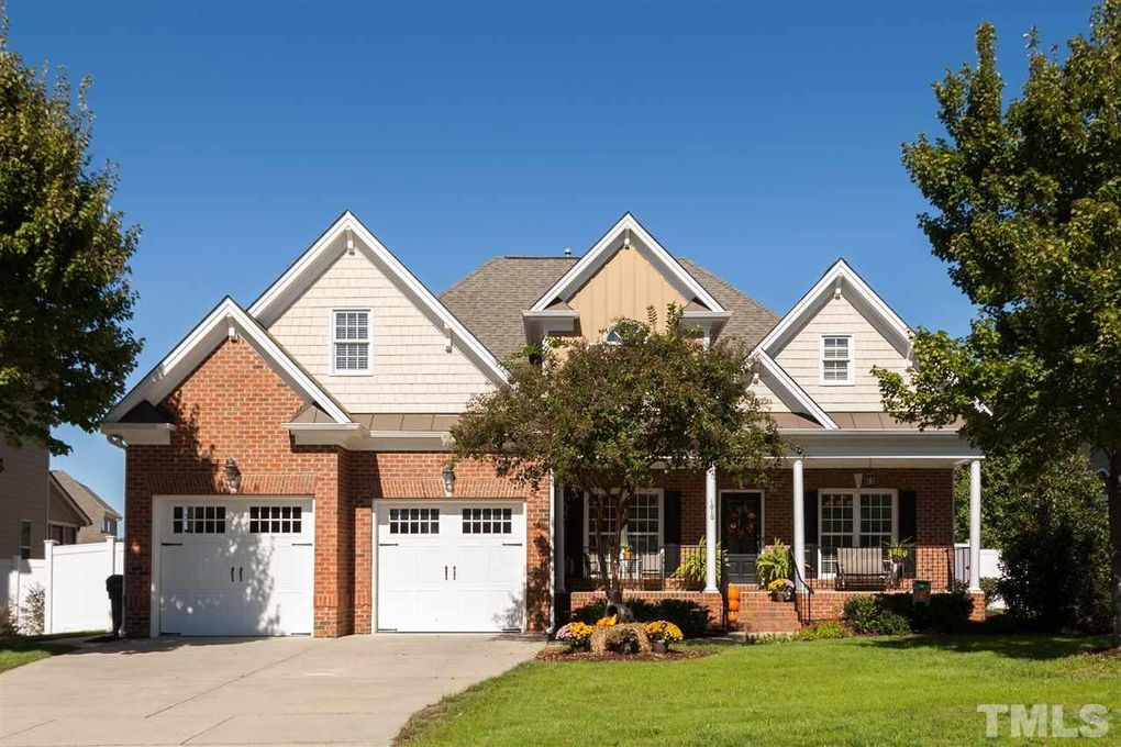 1010 Primrose Cottage Ln, Knightdale, NC 27545