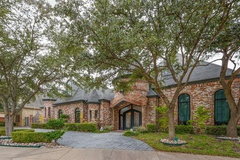 Photo of 12229 Pecan Forest Dr, Dallas, TX 75230