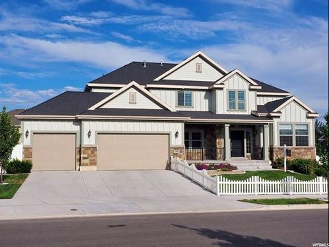 11095 S Black Hawk Dr, South Jordan, UT 84095