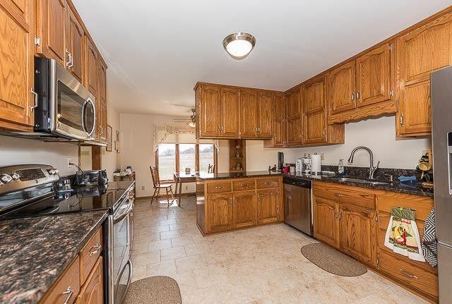 18289 Eisenhower Rd, Leavenworth, KS 66048