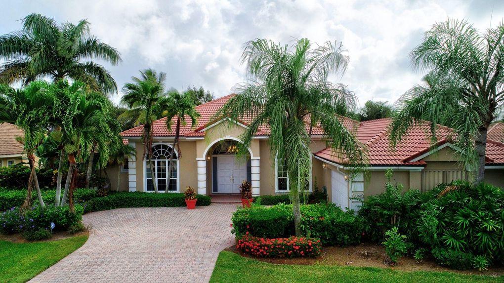 2360 Tecumseh Dr West Palm Beach, FL 33409