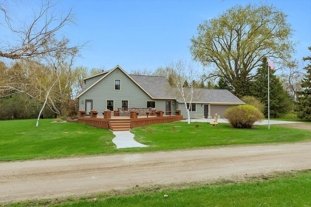 21388 850th Ave, Renville, MN 56284