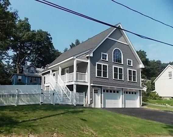 34 Lakeside Blvd North Reading, MA 01864
