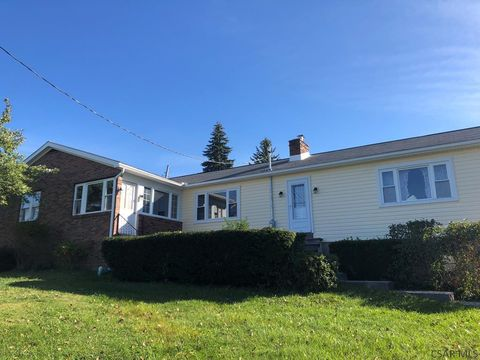 Photo of 101 Buchanan Ave, Johnstown, PA 15904