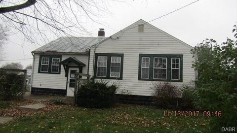 5976 Troy Rd, Springfield, OH 45502