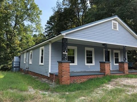 Photo of 117 Maple St, Rockingham, NC 28379