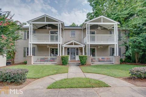 1787 Rugby Ave, College Park, GA 30337