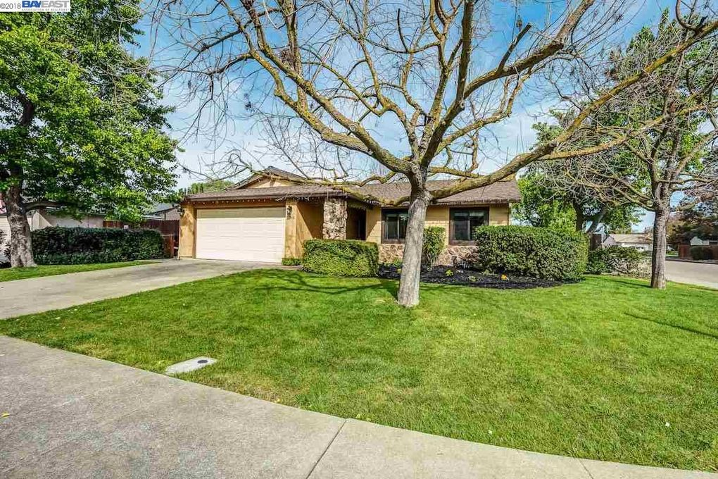 Homes For Sale Livermore Ca Less  Sq Ft