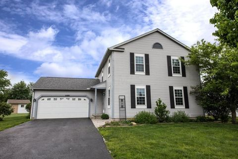 5089 Cherry Blossom Dr, Groveport, OH 43125