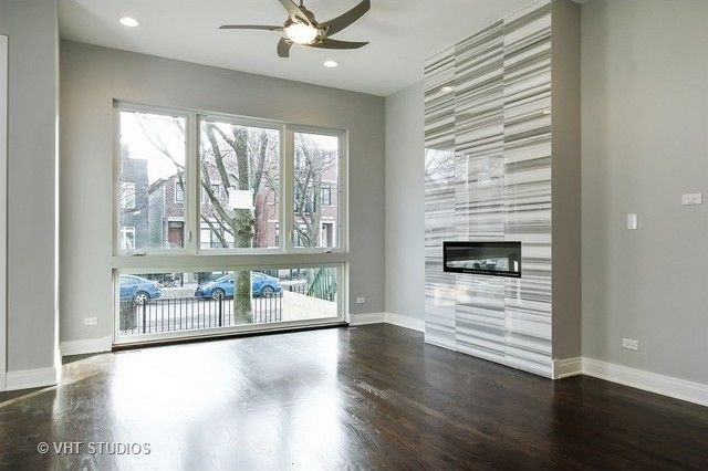 3013 N Oakley Ave, Chicago, IL 60618