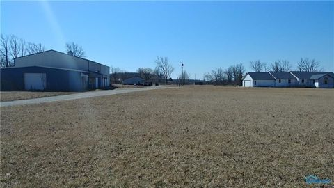 305 Perry St, Melrose, OH 45861