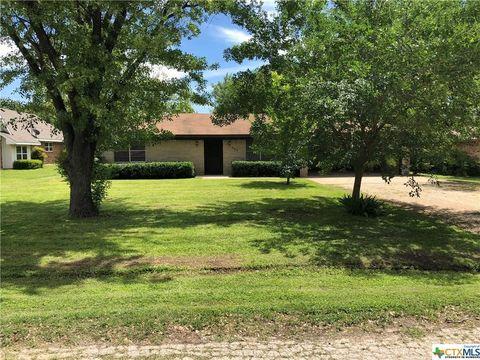 505 E Avenue F, Rosebud, TX 76570