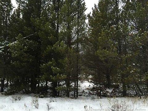 3572 County Road 60 Undefined, CO 80448