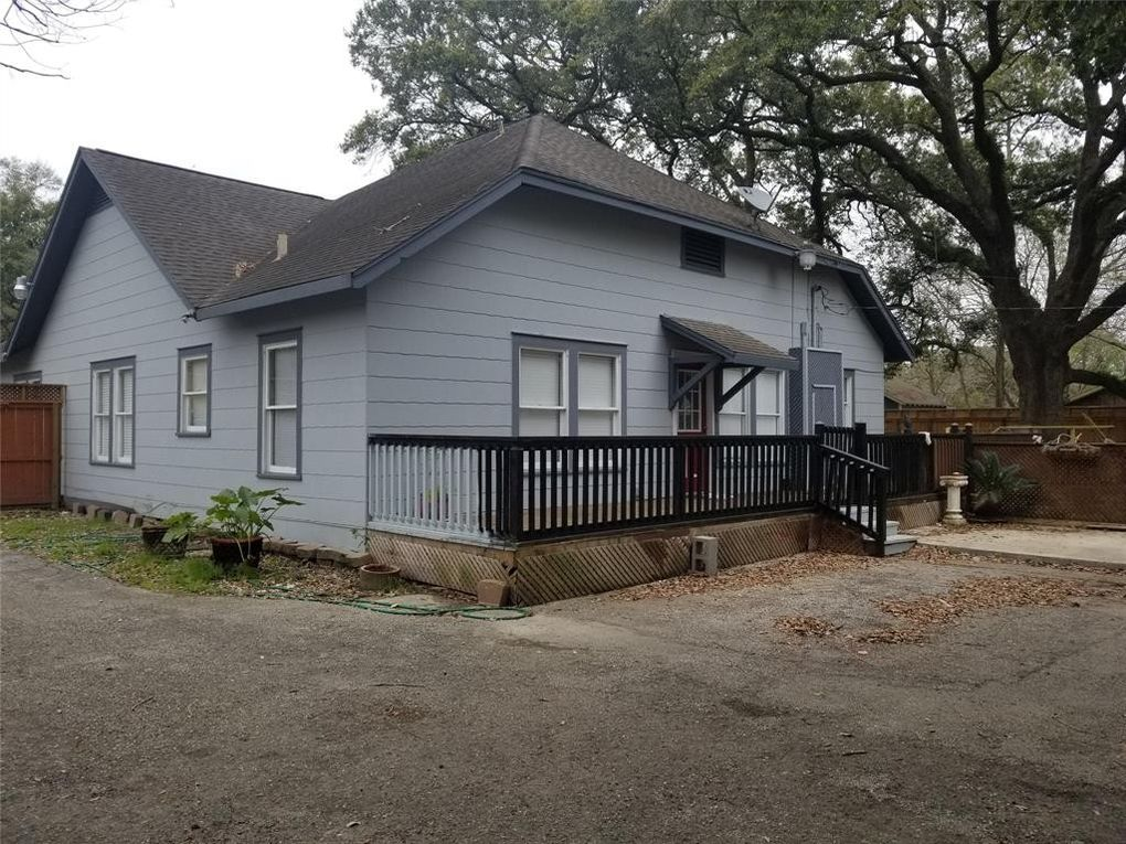 614 Old Galveston Rd, Alvin, TX 77511 - realtor com®