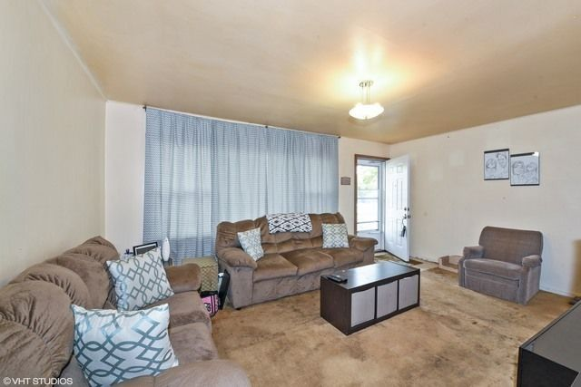 407 W Butterfield Rd, Elmhurst, IL 60126