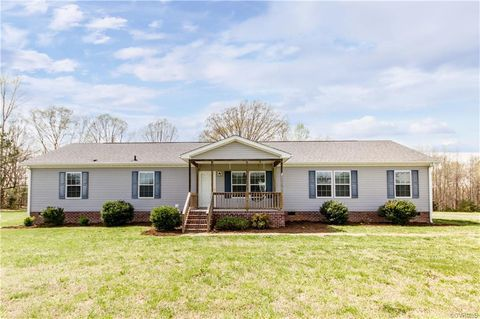 Photo of 17200 Old Cryors Rd, McKenney, VA 23872