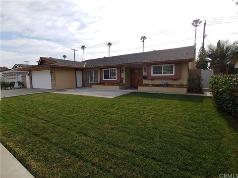 Photo of 724 Kenoak Dr, Placentia, CA 92870