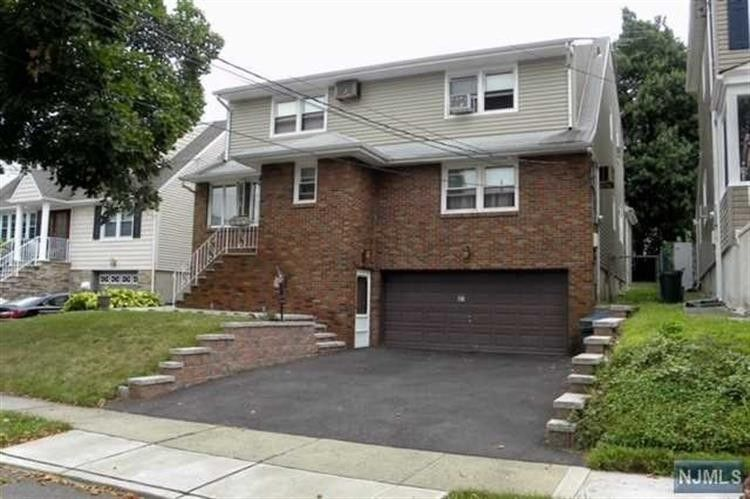 37 Entwistle Ave Nutley NJ 07110