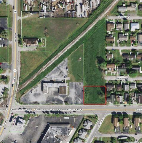 1445 Sw Martin Luther King Jr Blvd, Belle Glade, FL 33430