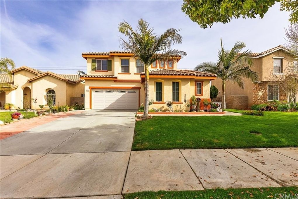 124 Goldenrod Ave Perris, CA 92570