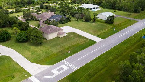 Photo of 2560 Se Downwinds Rd, Jupiter, FL 33478