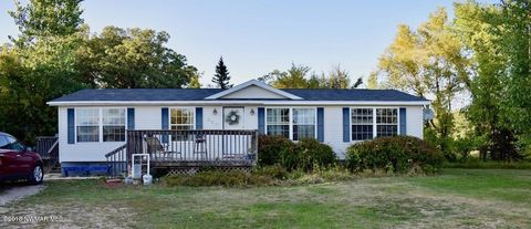 Photo of 303 4th Ave W, Viking, MN 56760