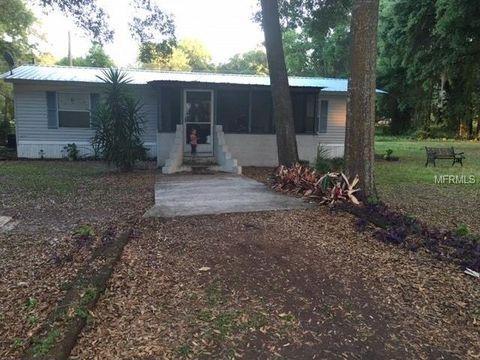 10605 Grove Tree Ln, Thonotosassa, FL 33592