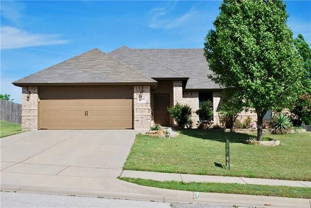 1925 Lindentree Dr Weatherford, TX 76086
