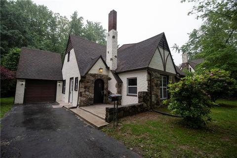 11 Lake Crescent Dr, East Rochester, NY 14445