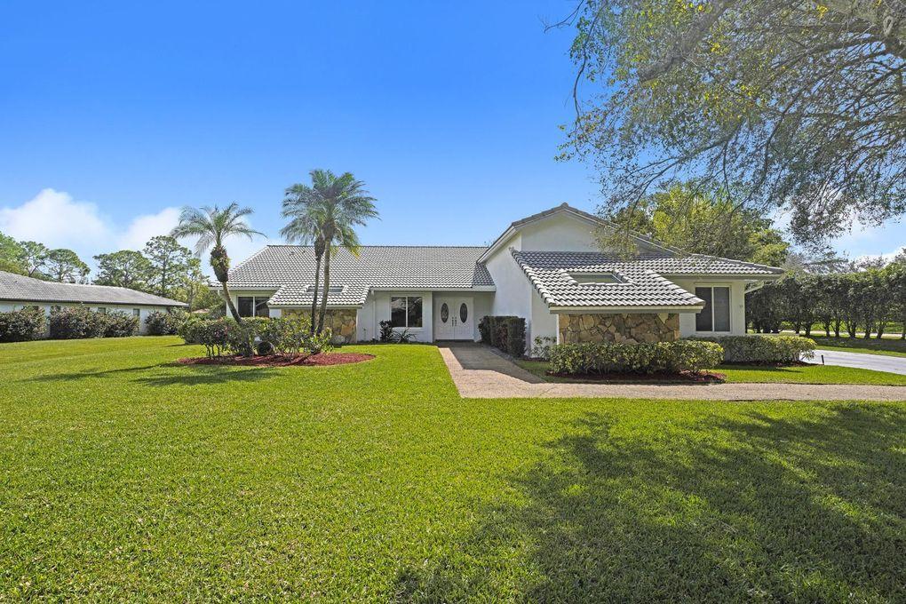 11157 Woodset Ln, Boca Raton, FL 33428