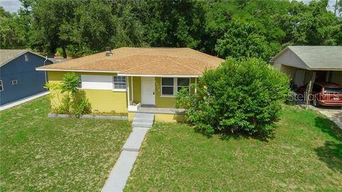 Photo of 1172 Lakeview Dr, Clermont, FL 34711