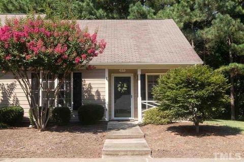 27 Crystal Oaks Ct, Durham, NC 27707
