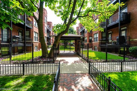 2703 N Mildred Ave Apt 1A, Chicago, IL 60614