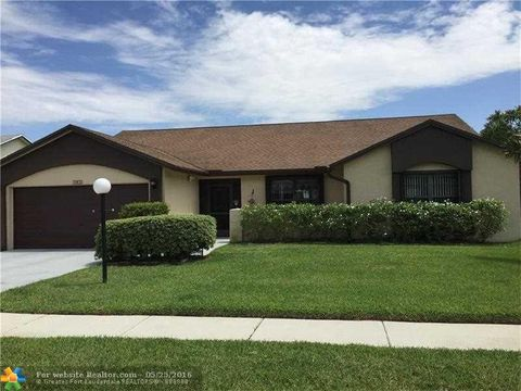 8530 White Egret Way, Lake Worth, FL 33467