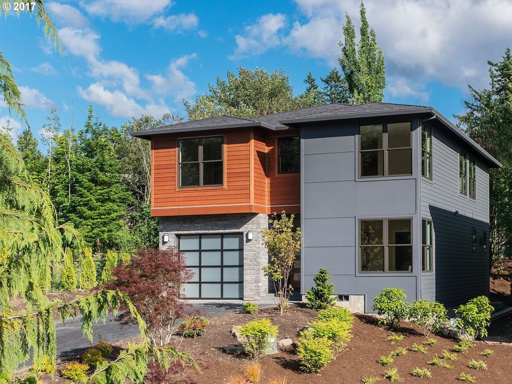 10678 Sw Berkshire St, Portland, OR 97225