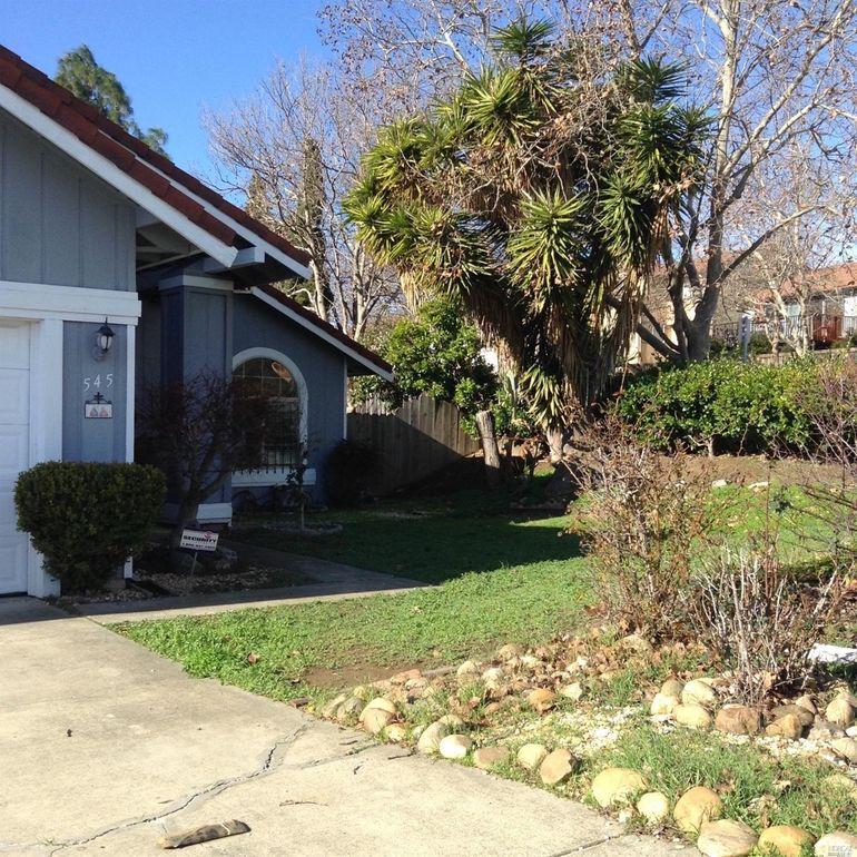 545 Evelyn Cir, Vallejo, CA 94589 - realtor.com®
