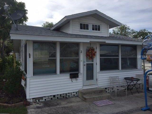 2 Parkview Dr Bradenton FL 34208