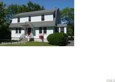 33 Edgewater Dr, Greenwich, CT 06870