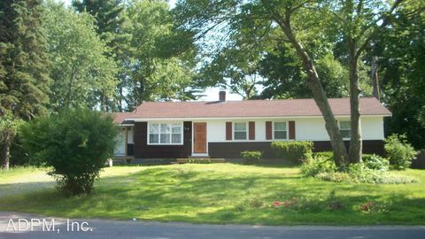 Photo of 30 Railroad Ave, Seabrook, NH 03874