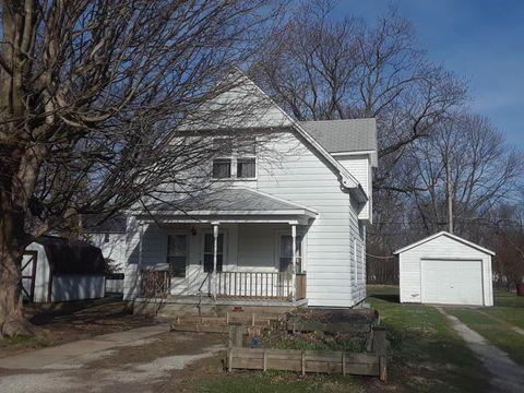 906 Glendale Ave, Tilton, IL 61833