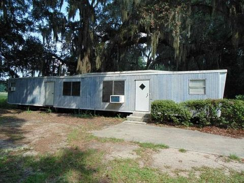 Photo of 1240 Nw Little Cat Rd, Madison, FL 32340