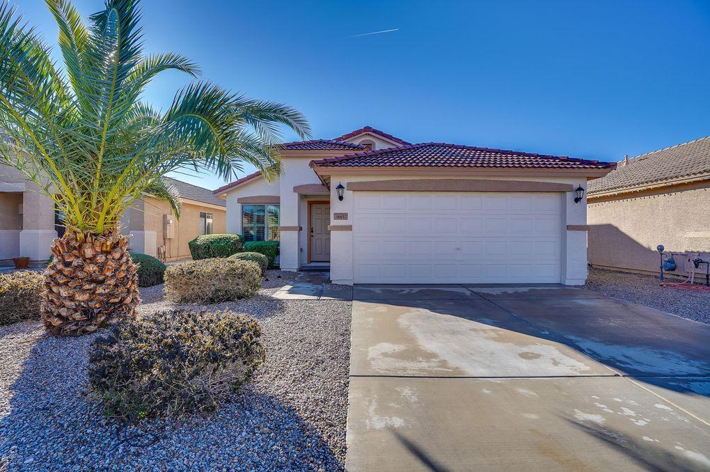 985 E Nardini St, San Tan Valley, AZ 85140