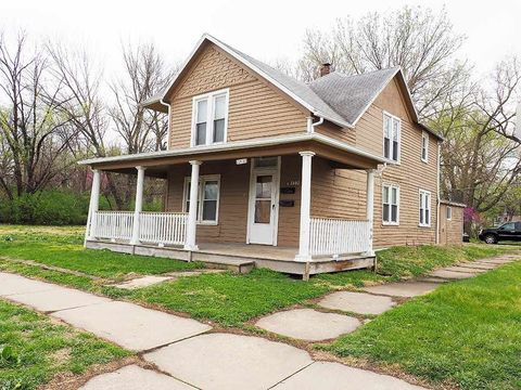 1801 Se 6th Ave, Topeka, KS 66607