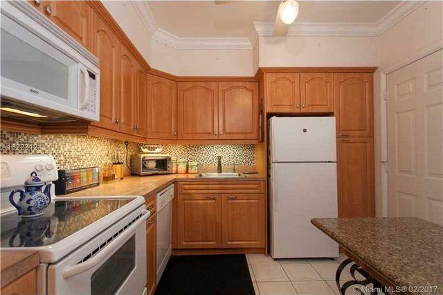 18707 Ne 14th Ave Apt 736, North Miami Beach, FL 33179 - Kitchen