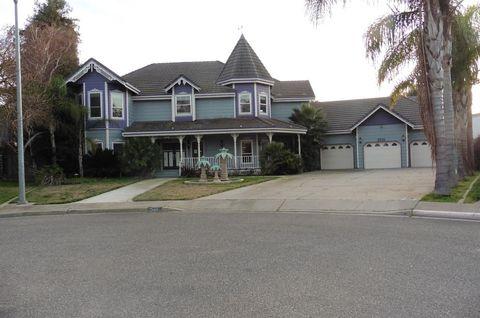 2001 Kings Ct, Turlock, CA 95382