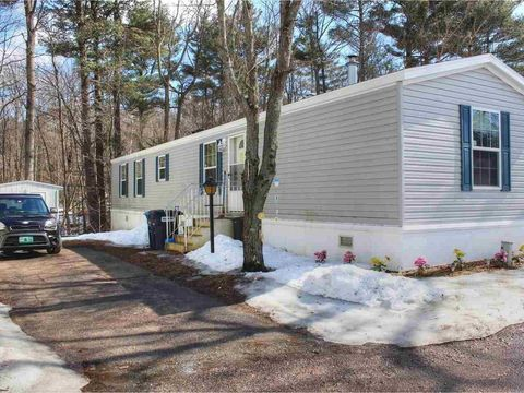 Photo of 19 East Ave, Colchester, VT 05446