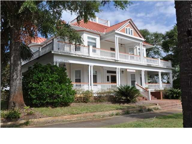 apalachicola singles See what it's like to live in apalachicola, fl explore reviews and statistics on crime, real estate, and cost of living.