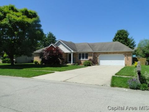 129 Manor Hill Dr, Chatham, IL 62629