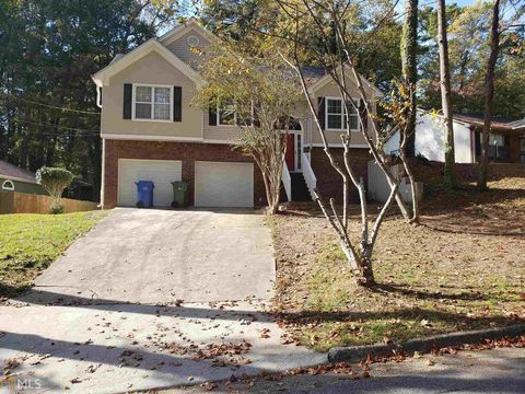 Photo of 2067 Pine Cone Dr Sw, Atlanta, GA 30331